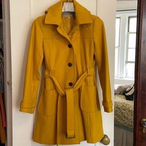 🍌 Banana Republic 🍌 60% wool Hooded Yellow Coat